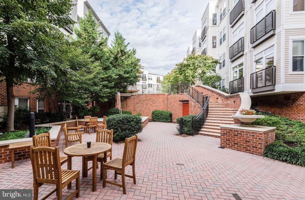 - 1391 PENNSYLVANIA AVE SE #508, WASHINGTON
