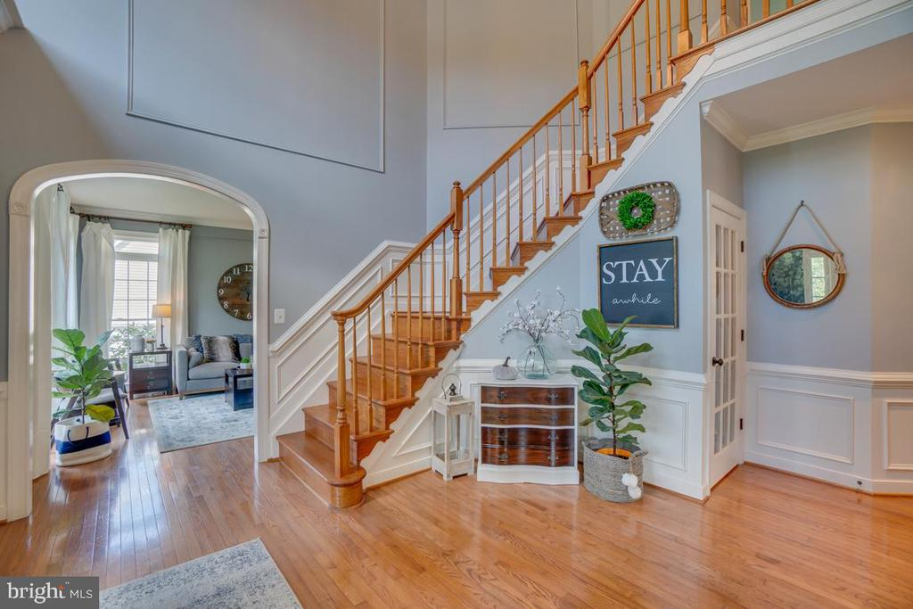 Welcoming you and your guest - 33 GRISTMILL DR, STAFFORD