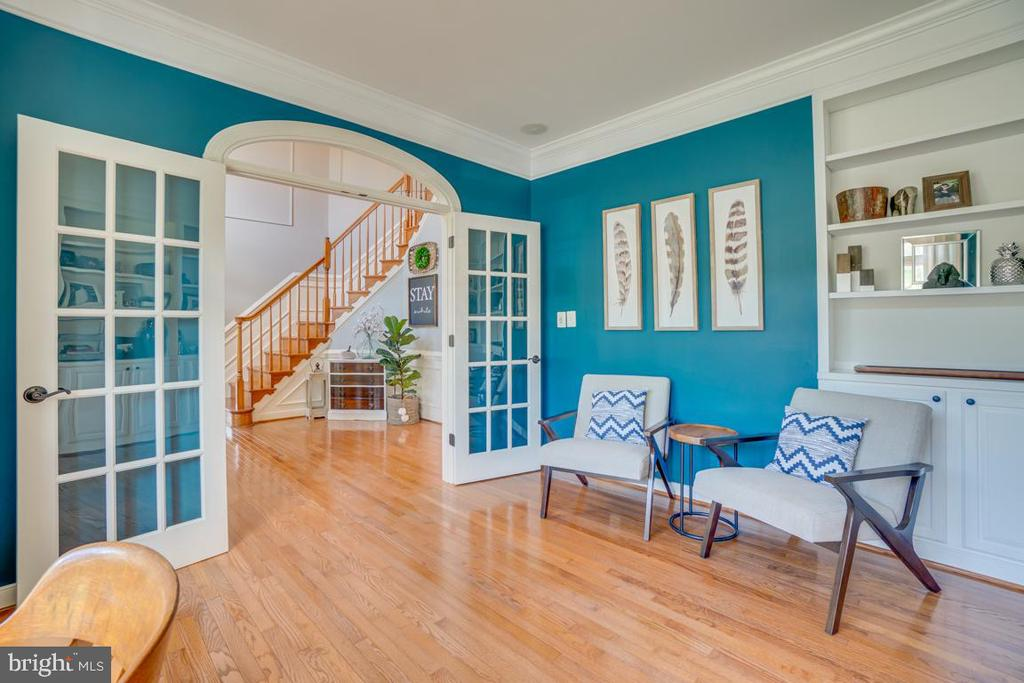 Spacious and light filled - 33 GRISTMILL DR, STAFFORD