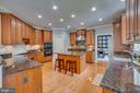 Spacious gourmet kitchen - 33 GRISTMILL DR, STAFFORD