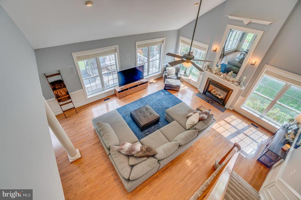 Stunning overview - 33 GRISTMILL DR, STAFFORD
