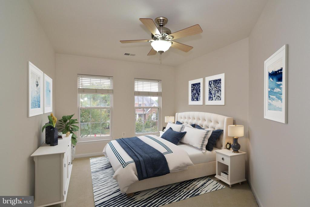 Even the fourth bedroom is spacious! - 709 TONQUIN PL NE, LEESBURG