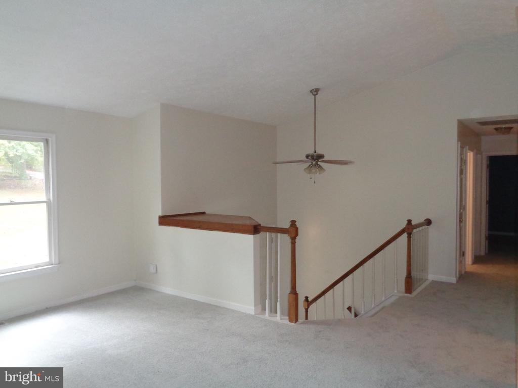 Spacious Living Room - 11111 STOCKADE DR, SPOTSYLVANIA