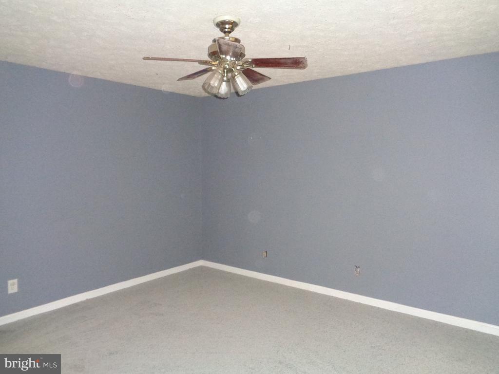 Master Bedroom.  Fresh And Clean - 11111 STOCKADE DR, SPOTSYLVANIA