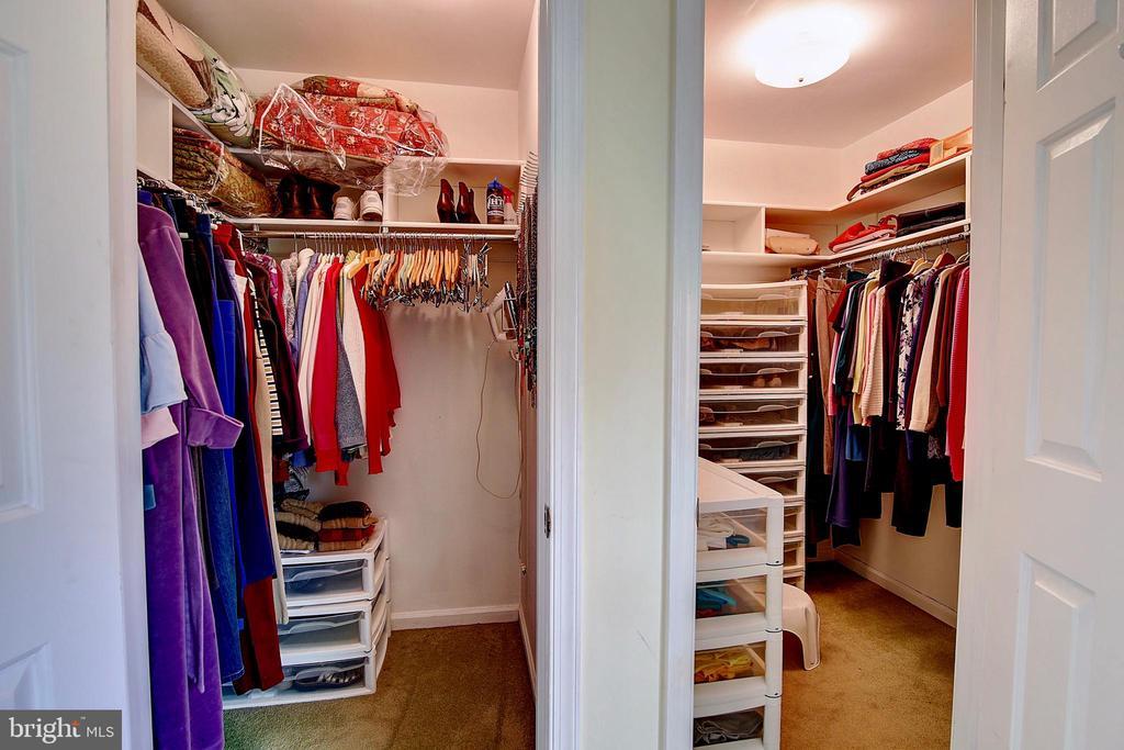 Master Closets - 5449 MUSSETTER RD, IJAMSVILLE