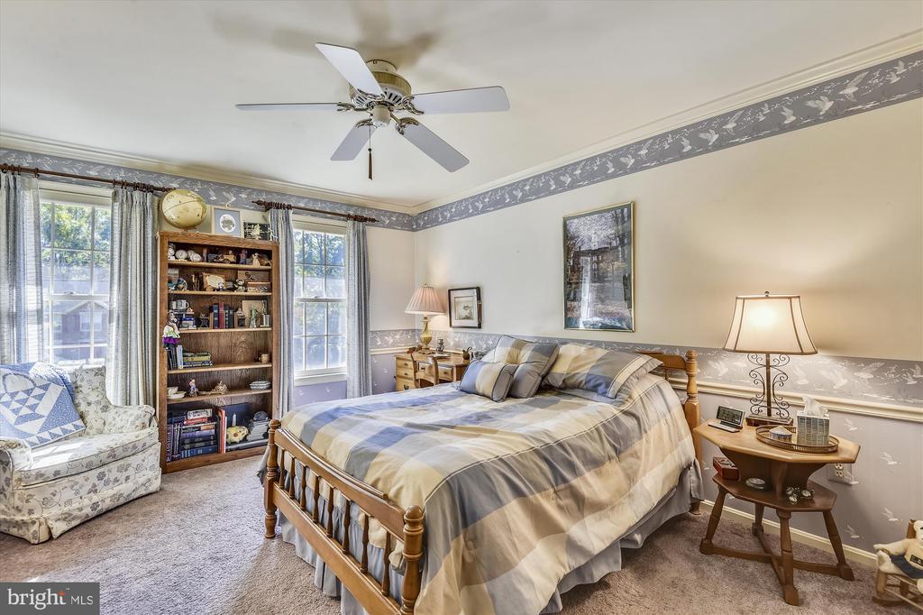 Bedroom #3 - 6488 CRAYFORD ST, BURKE
