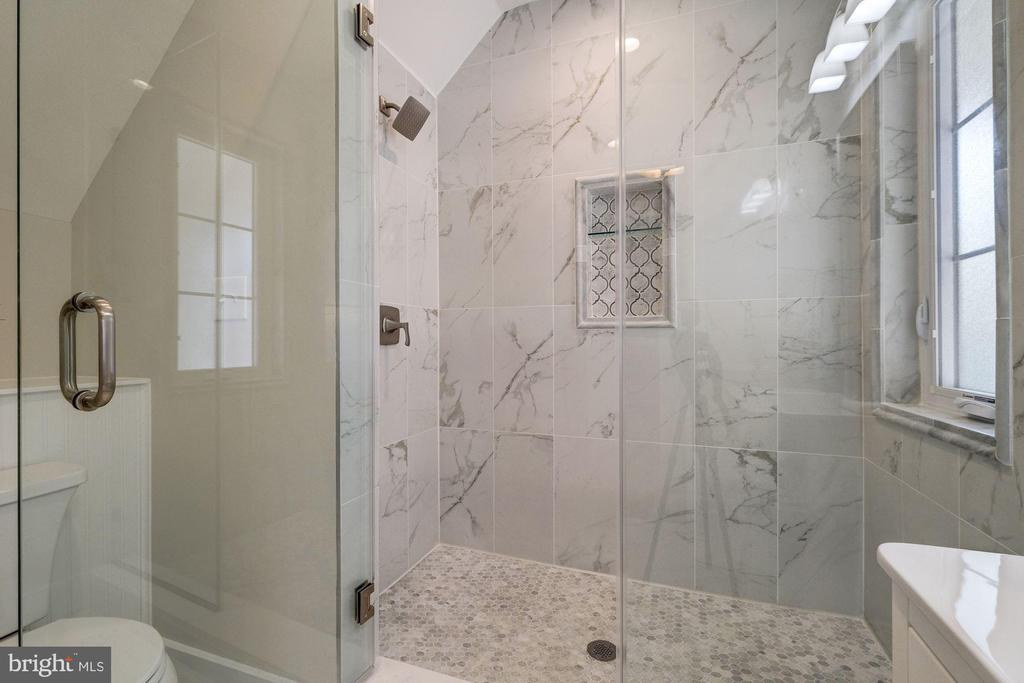 And Full Bath with Carrera Marble Tile Work - 9506 SEMINOLE ST, SILVER SPRING