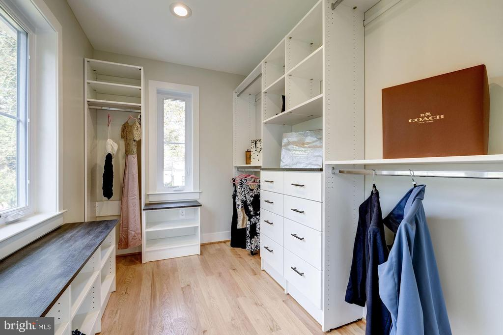 Custom Closet by Closets of America - 9506 SEMINOLE ST, SILVER SPRING