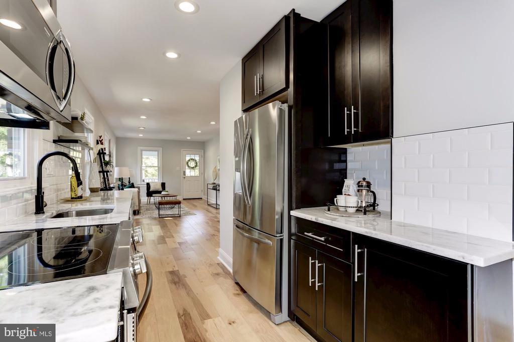 Kitchen with stainless steel appliances - 112 S BARTON ST, ARLINGTON