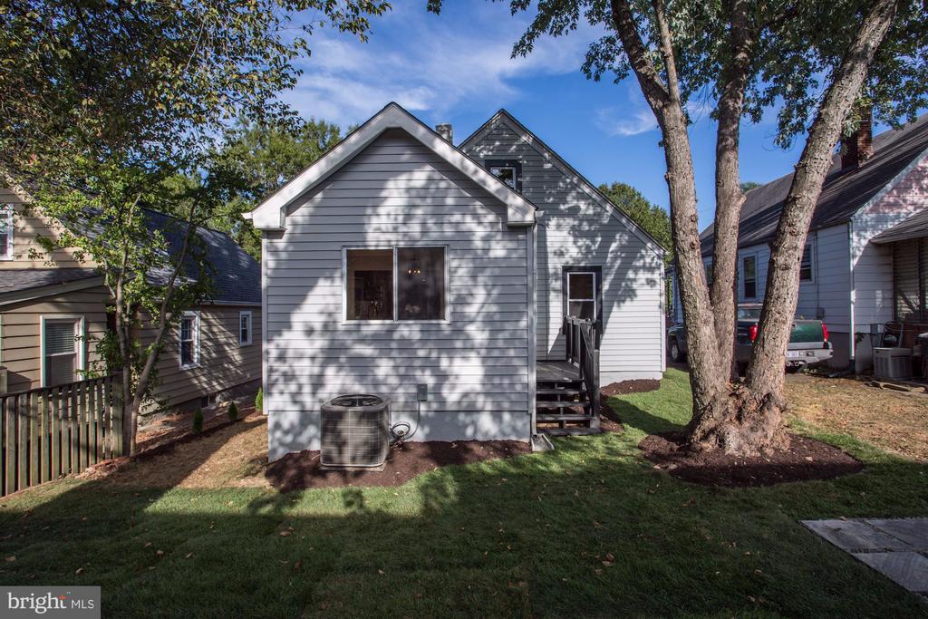 Back of house - 112 S BARTON ST, ARLINGTON