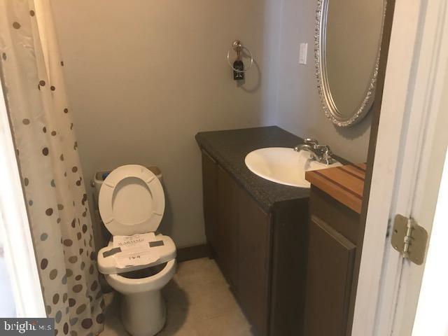 Full Bath - 701 MAIN ST, PORT ROYAL