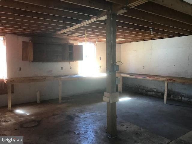 Garage - 701 MAIN ST, PORT ROYAL