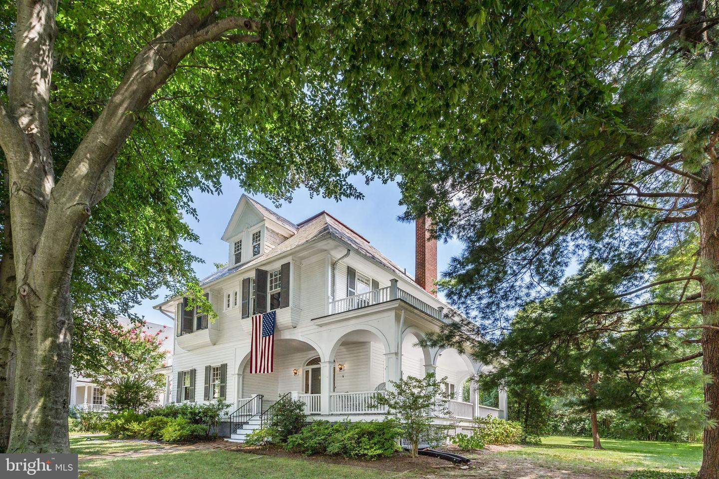 Single Family Homes للـ Sale في Chevy Chase, Maryland 20815 United States