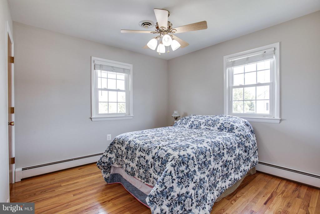 Third Bedroom - 12401 LEE HILL DR, MONROVIA