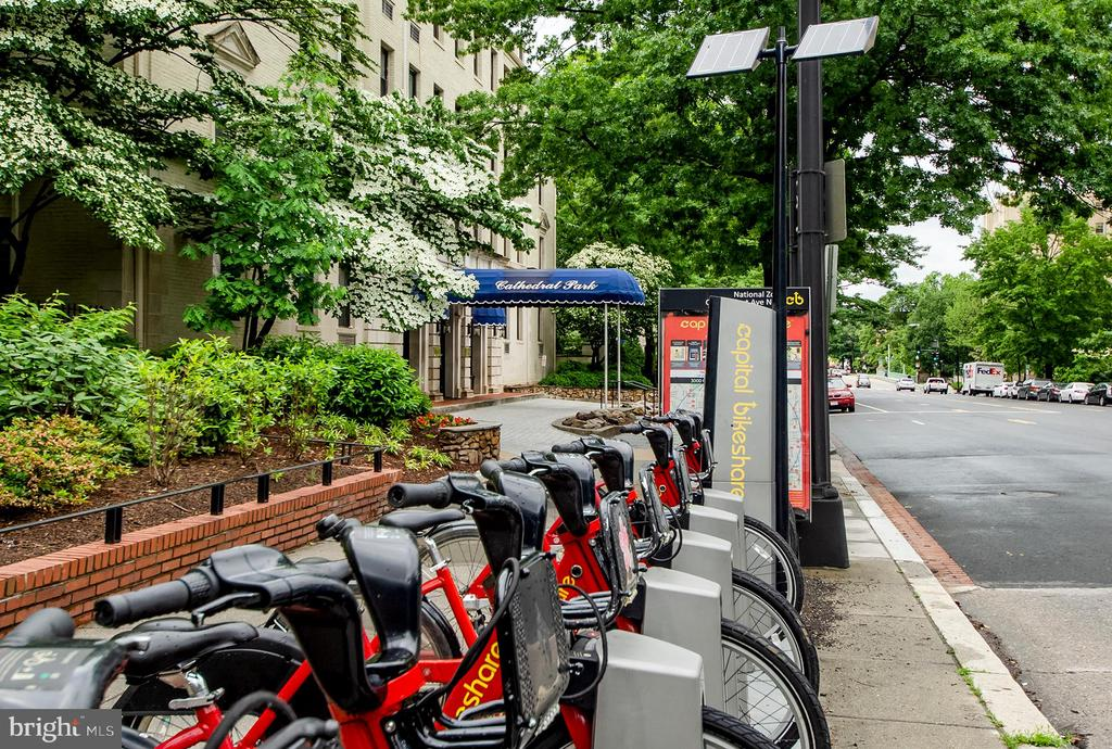 Bike share outside your front door - 3100 CONNECTICUT AVE NW #229, WASHINGTON