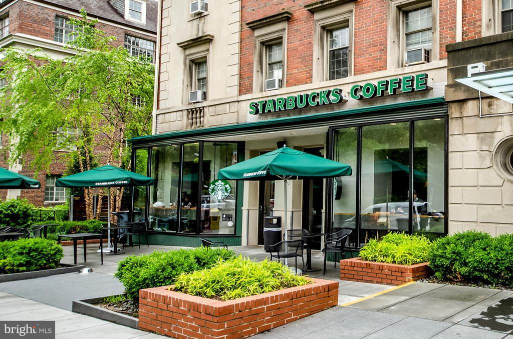 Less than 1/2 block to Starbucks - 3100 CONNECTICUT AVE NW #229, WASHINGTON