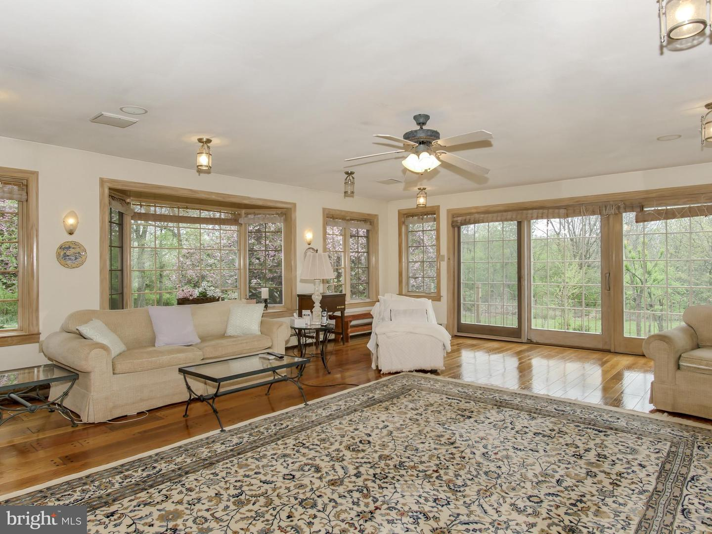 Additional photo for property listing at  North Wales, Πενσιλβανια 19454 Ηνωμένες Πολιτείες