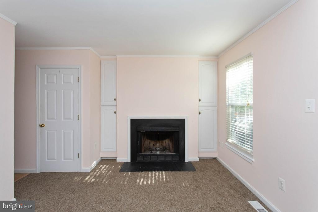 Living Room - 6646 DUCKETTS LN #28-6, ELKRIDGE