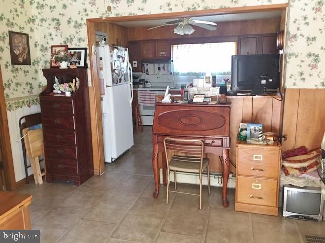 Additional photo for property listing at  Frostburg, Maryland 21532 Verenigde Staten