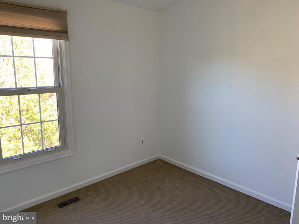 Bedroom 3 - 21906 GREENTREE TER, STERLING
