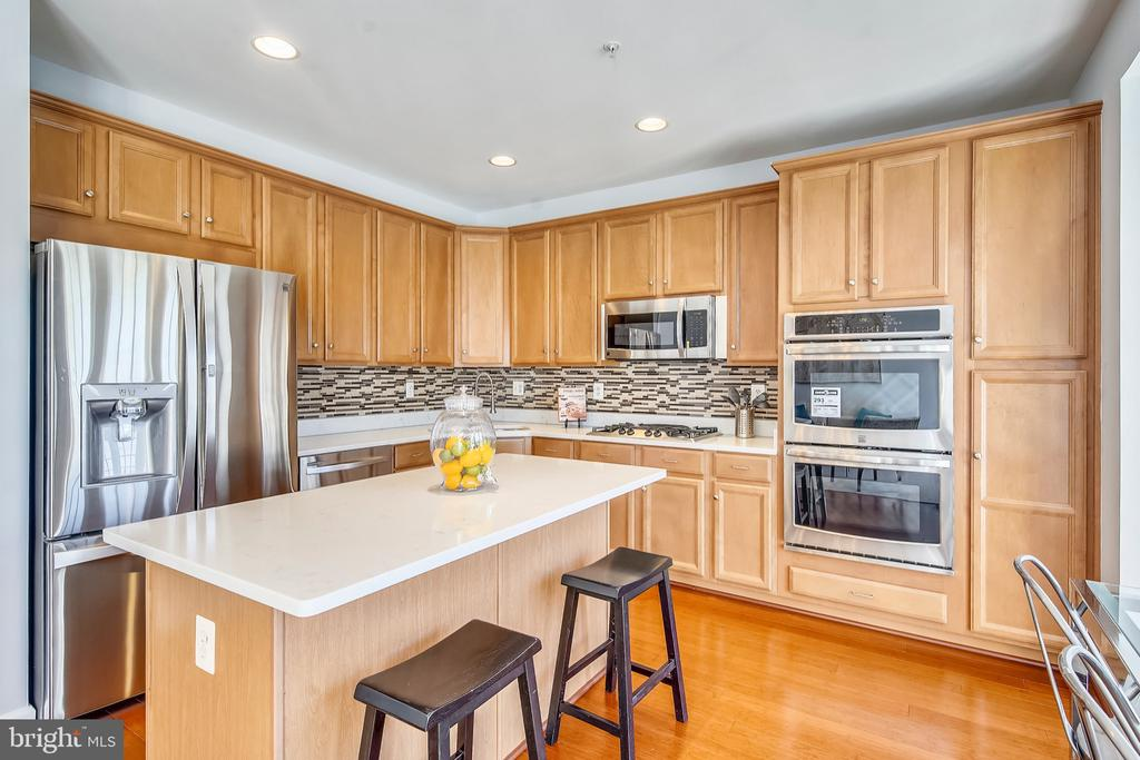 - 23504 PUBLIC HOUSE RD, CLARKSBURG