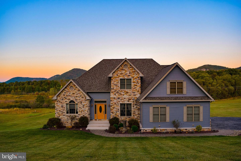 Single Family Homes para Venda às Cresaptown, Maryland 21502 Estados Unidos