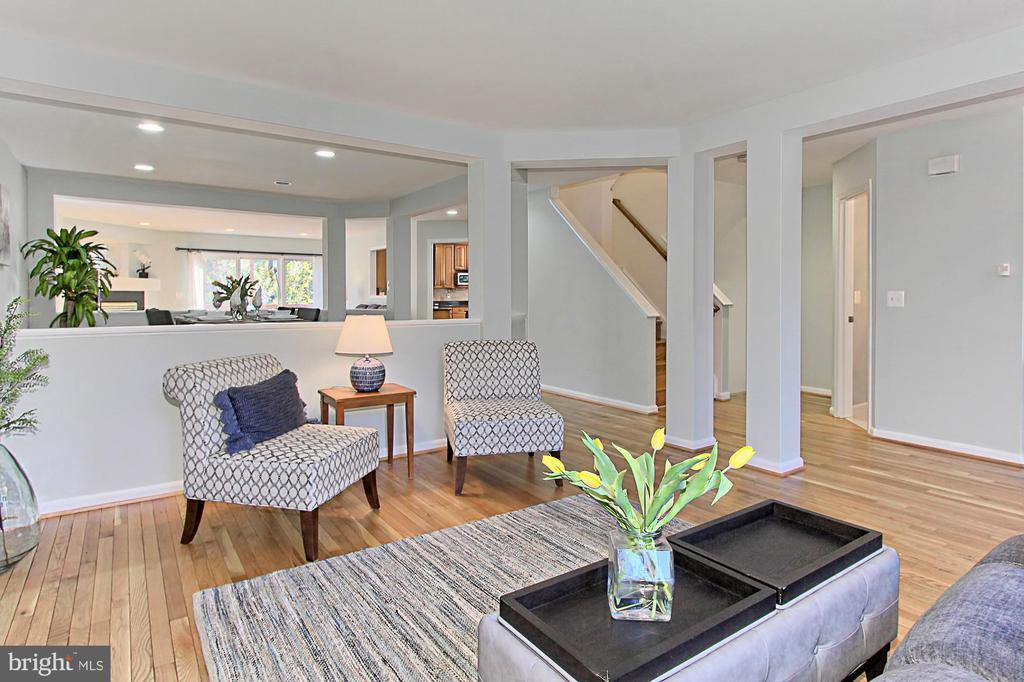 Modern Open Floorplan - 2309 YVONNES WAY, DUNN LORING
