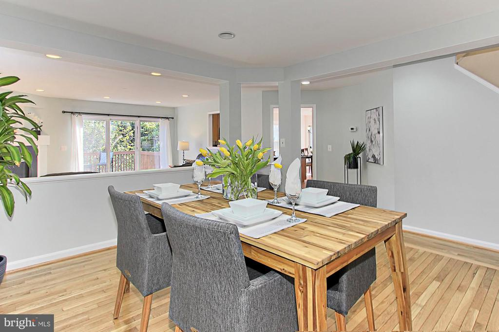 Dining Room Opens to Family Room & Living Room - 2309 YVONNES WAY, DUNN LORING