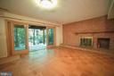 Lower level walk out with large sliding doors - 10209 WESTFORD DR, VIENNA