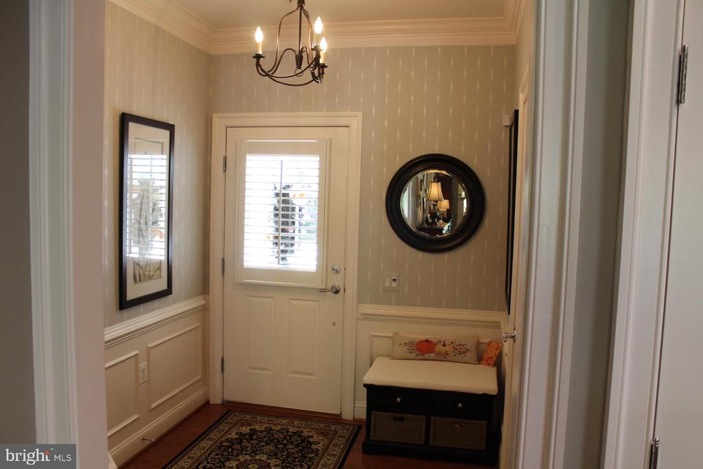 Foyer with beautiful wood floors. - 267 LONG POINT DR, FREDERICKSBURG
