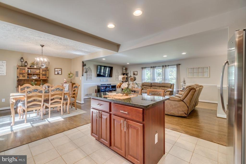 Stainless Steel Energy Efficient Appliances - 1463 MOUNTAIN VIEW RD, STAFFORD