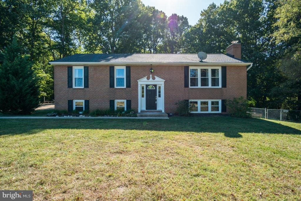 Enjoy your own private estate home in No Stafford - 1463 MOUNTAIN VIEW RD, STAFFORD