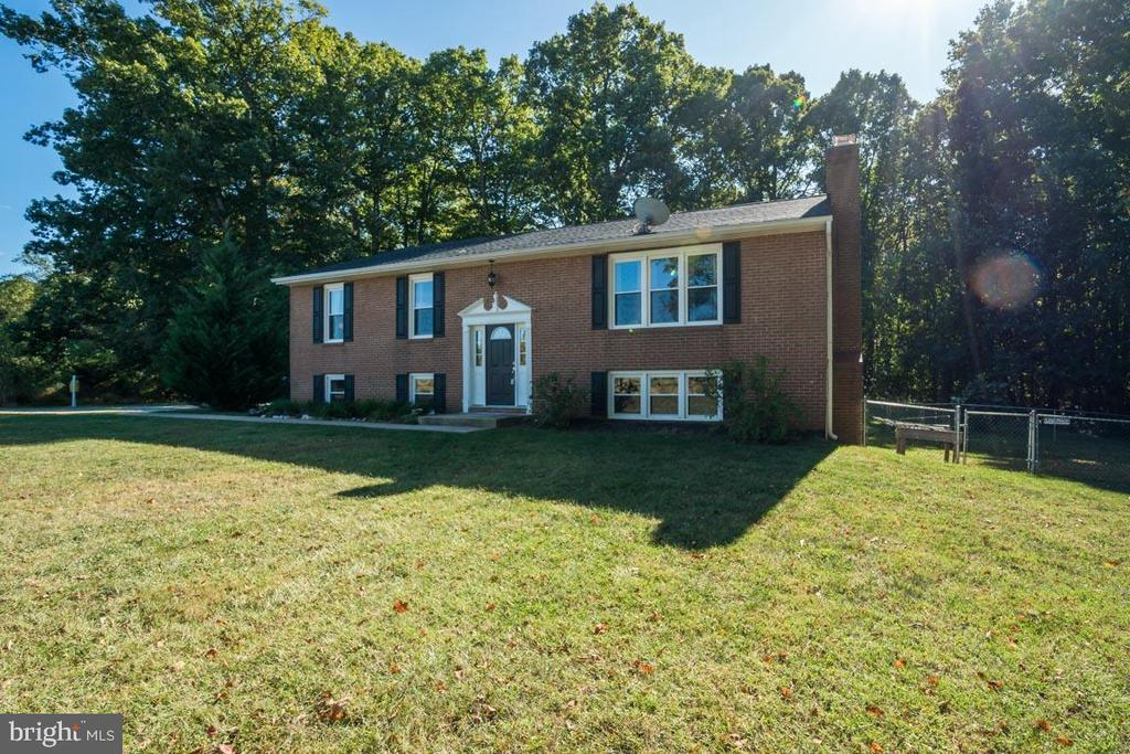 NO HOA  and lot is surrounded by woods - 1463 MOUNTAIN VIEW RD, STAFFORD