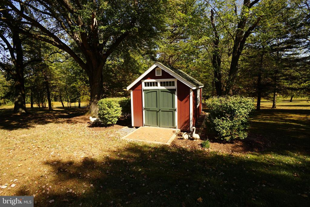 Shed/Outbuilding - 5449 MUSSETTER RD, IJAMSVILLE