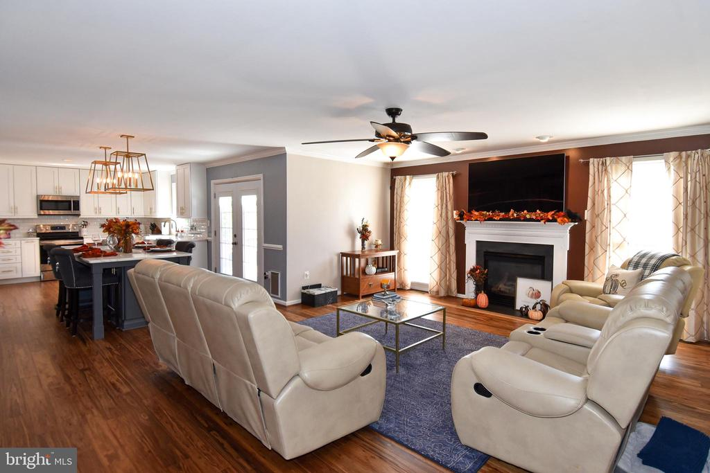 Family Room with Gas Fireplace - 25 PATRIOT WAY, STAFFORD