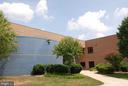CENTRE RIDGE SCHOOL! - 14564 WOODLAND RIDGE DR, CENTREVILLE