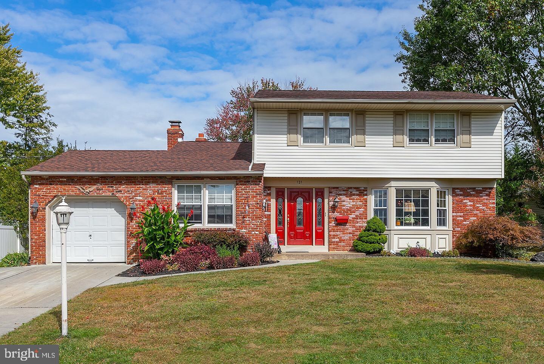 Single Family Homes för Försäljning vid Woodbury Heights, New Jersey 08097 Förenta staterna