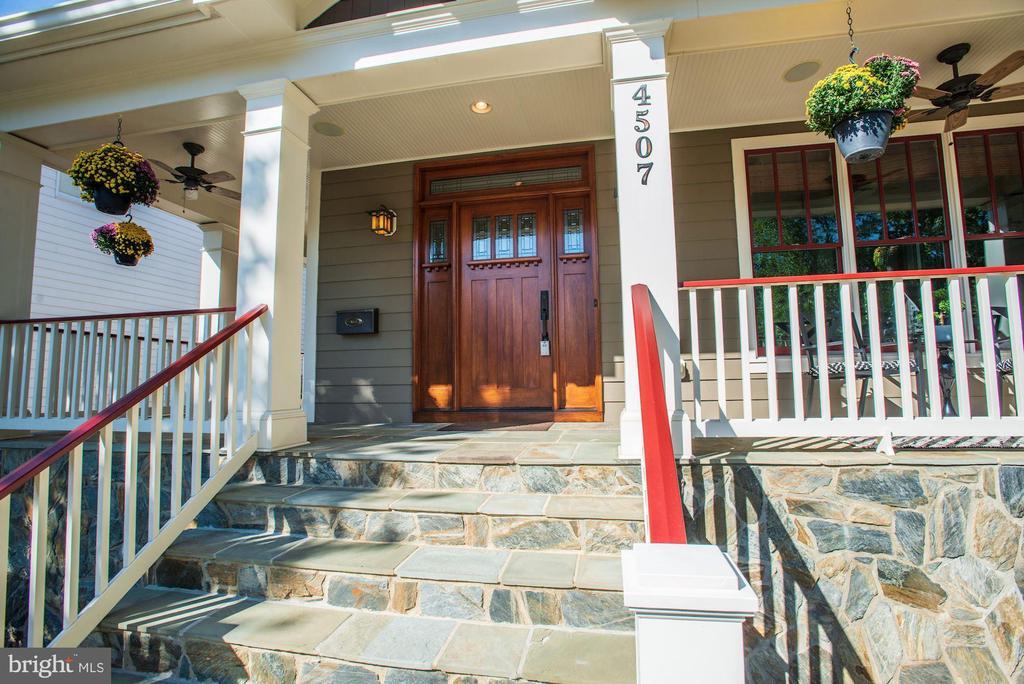Gorgeous Wrap Front Porch - 4507 16TH ST N, ARLINGTON