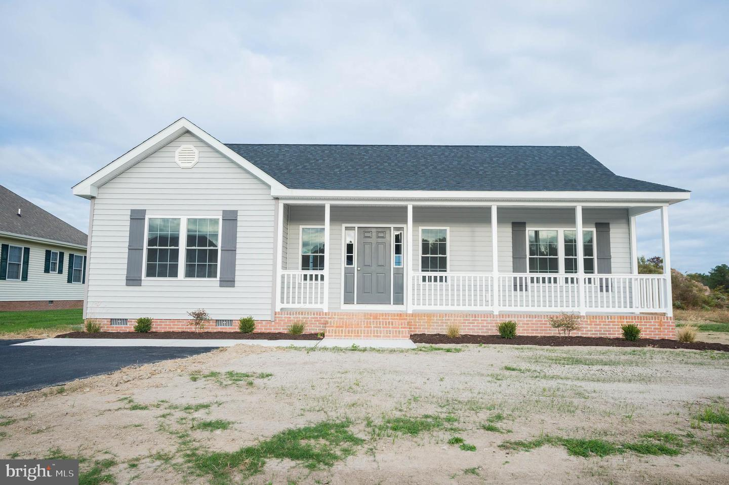 Photo of home for sale at 2105 Waverly Drive, Pocomoke City MD