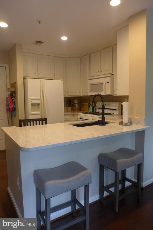 Kitchen 2 - 11872 BRETON CT #12A, RESTON