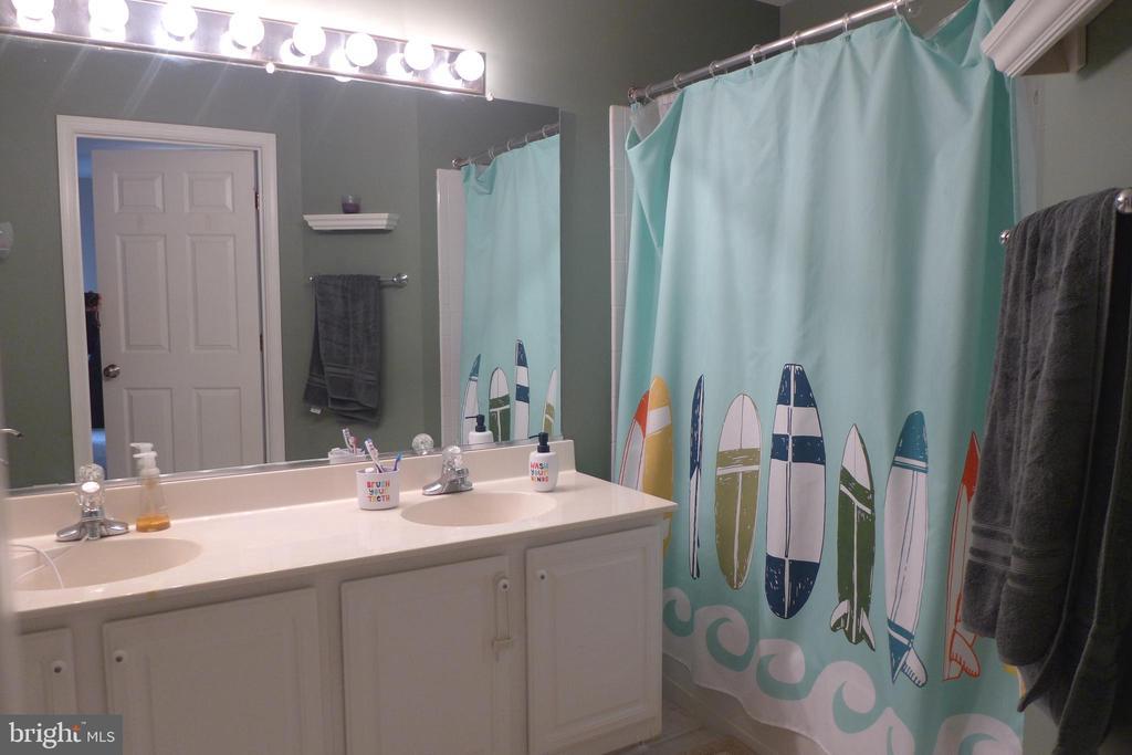 Master bathroom has double sinks - 11872 BRETON CT #12A, RESTON