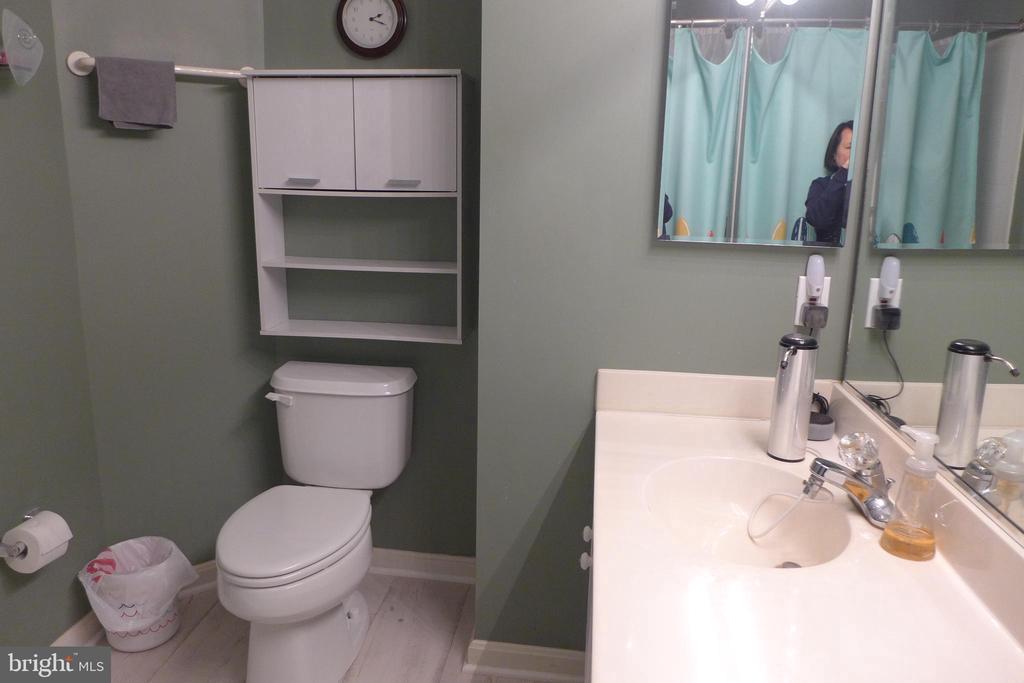 Master bathroom - 11872 BRETON CT #12A, RESTON