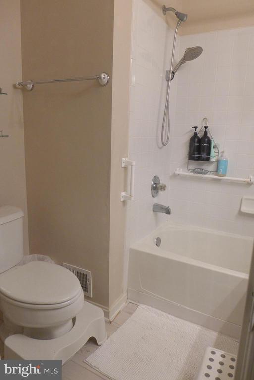 Hallway bathroom 2 - 11872 BRETON CT #12A, RESTON