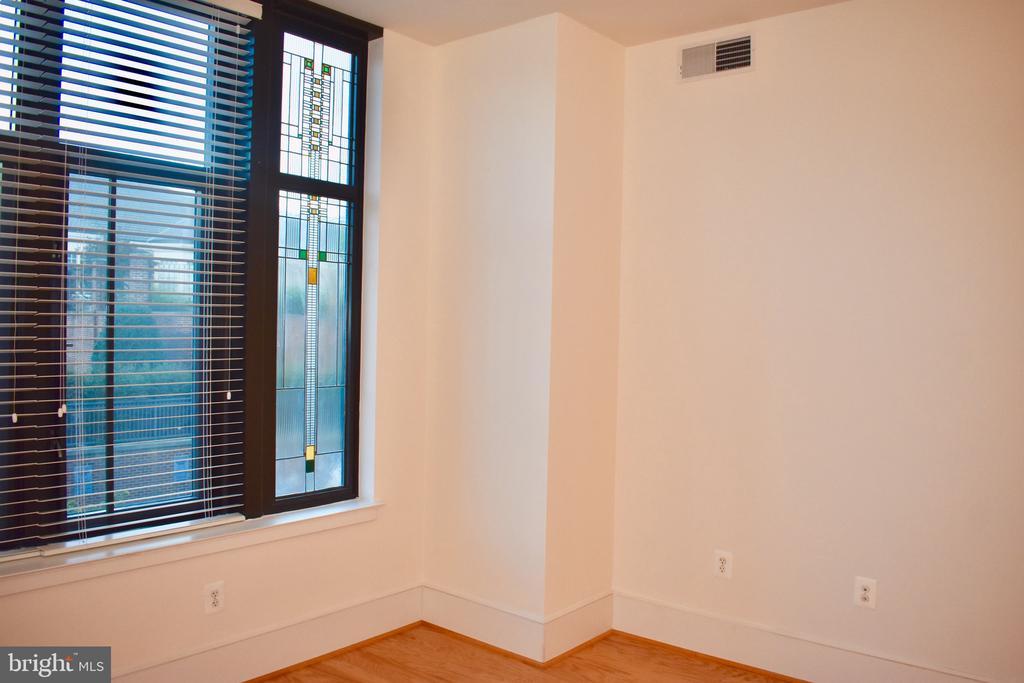 Mosaique window - 4301 MILITARY RD NW #315, WASHINGTON