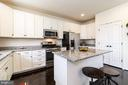 STAINLESS STEEL APPLIANCES & GRANITE COUNTERS - 47 ORCHID LN, STAFFORD