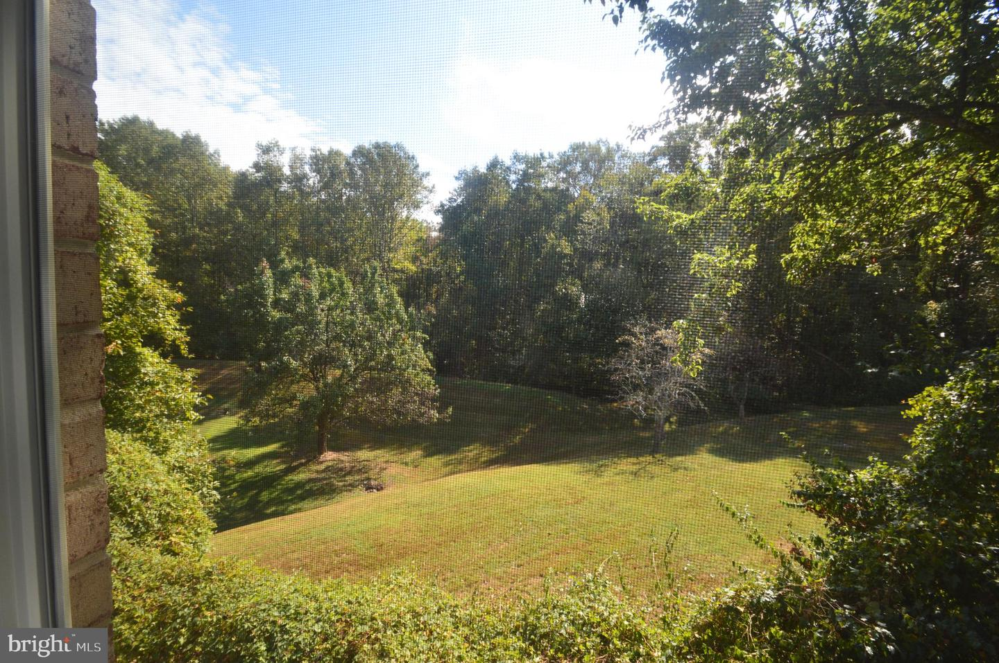 Additional photo for property listing at  Rockville, Maryland 20854 Vereinigte Staaten