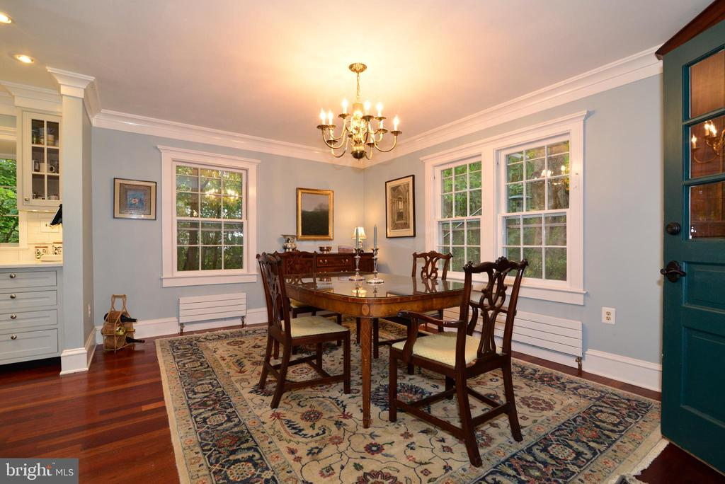 Formal Dining Room - 100 E COLONIAL HWY, HAMILTON