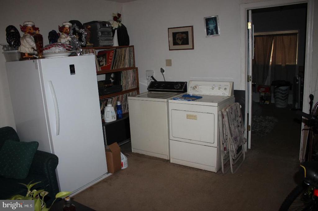 Basement Laundry - 4635 6TH ST SE, WASHINGTON