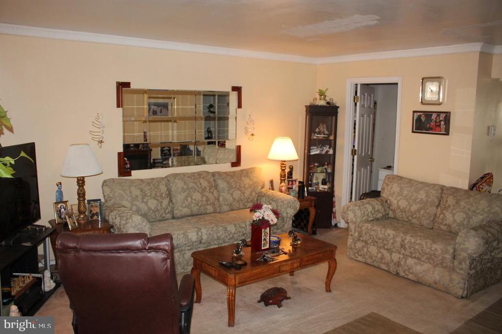 Living Room - 4635 6TH ST SE, WASHINGTON