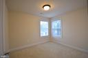 The separate master bedroom sitting room. - 38 PRESIDENTIAL LN, STAFFORD